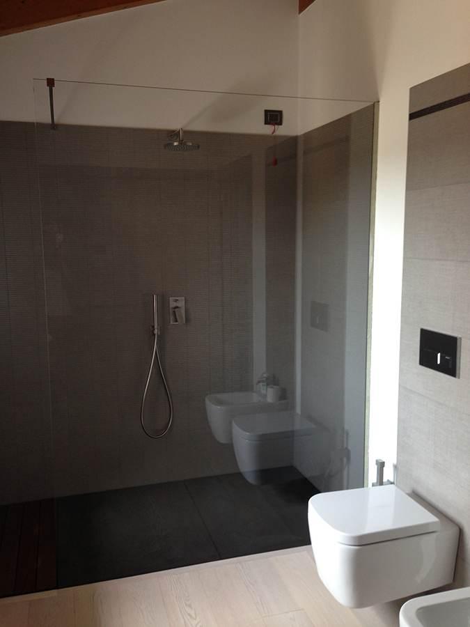 Parete In Vetro Doccia : Box doccia parete fissa unica su misura in vetro cristallo