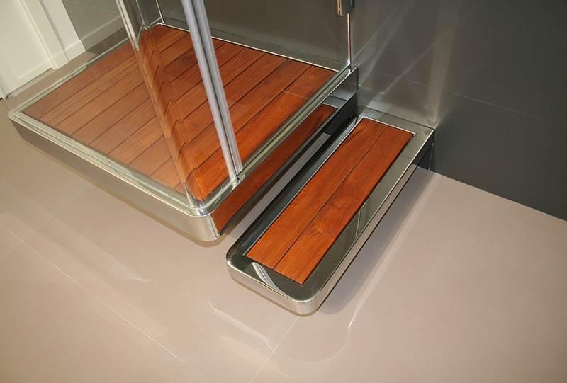 Pfly piatto doccia legno sospeso