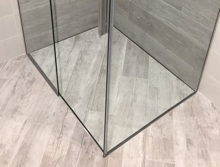Piatti doccia filo pavimento architetti su misura