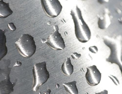 Acciaio inox e Vetro temperato per un box doccia di qualità certificata